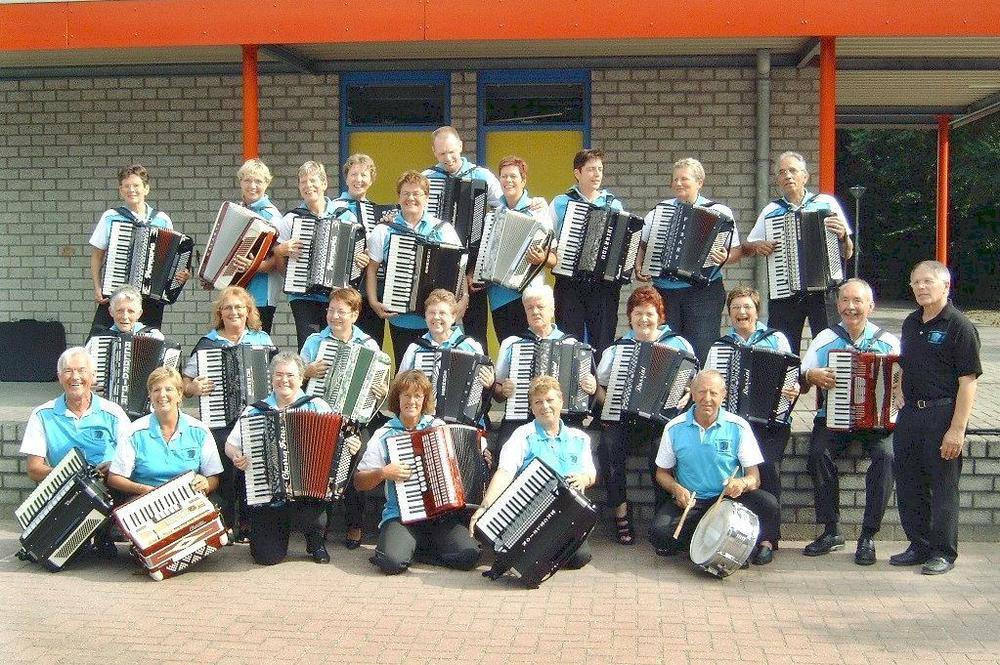 Accordeonata in 2005 (optreden in Het Grote Bos te Doorn)